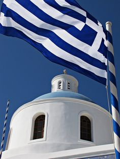 Pictures taken on the Greek island of Santorini Greek Flag, Go Greek, Greek Life, Santorini, Myconos, High Definition Pictures, Greek Culture, In Ancient Times, Kirchen