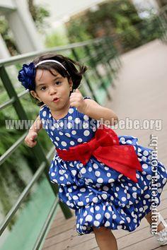 Vestido para tema de festa da Galinha Pintadinha infantil