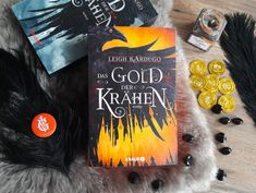 Leigh Bardugo, English Book, All You Need Is, German, Watch, Reading, Books, Gold, Book Recommendations