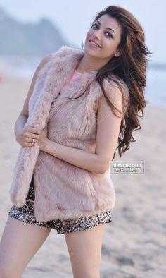 Tamil Actress Kajal Agarwal hot Photo