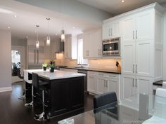 Transitional styled kitchen, painted cabinets with stained island. Large-sized kitchen, open concept We've designed this kitchen to its max potential for functionality and space. Transitional Kitchen, Transitional Style, Interior Styling, Interior Design, Painting Cabinets, Open Concept, Kitchen Styling, Houzz, Luxury Homes