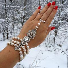 """Купить Слейв браслет """"Великолепный век"""" - кремовый, слейв браслет, браслет, тика, тикка"""