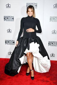 Ciara.. Stephane Rolland maternity gown, and Giuseppe Zanotti pumps.. #stylethebump #chicbump