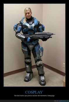 El cosplay de Halo perfecto - Tan bien hecho que parece sacado del mismísimo videojuego   Gracias a http://www.cuantarazon.com/   Si quieres leer la noticia completa visita: http://www.estoy-aburrido.com/el-cosplay-de-halo-perfecto-tan-bien-hecho-que-parece-sacado-del-mismisimo-videojuego/