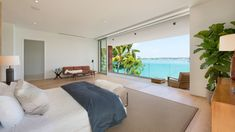 Di Lio Island Home master bedroom