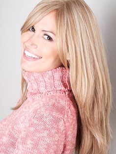 Milano's Reese offers medium-density human hair with a natural french top construction. Long human hair wigs available for hair loss, alopecia, Jewish women, and more. Long Hair Wigs, Human Hair Wigs, Straight Wigs, Wig Making, Cut And Style, Hair Loss, Wig Hairstyles, Stylists, Long Hair Styles