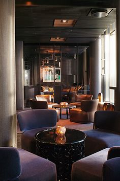 Best Hotel Bars – International Drinking Spots Rooftop Wine and Champagne Bar at The Thief Hotel Oslo, Norway Hotel Lounge, Lobby Lounge, Bar Lounge, Hotel Lobby, Lounge Ideas, The Thief Hotel Oslo, Lounge Design, Prestige, Hotel Interiors