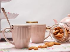 Wir wünschen euch einen schönen Sonntag mit ganz ganz viel ❤️, leckerem Tee, kuscheligen Decken und einem gemütlichem Sofa. 😍 Nicht vergessen: bis heute Abend schenken wir Dir 10% Rabatt auf alles. 😘 #pinkmilk #pinkmilkshop #greengate #greengateliebe #sunday #sonntag #sonntagsmodus #sundayfunday