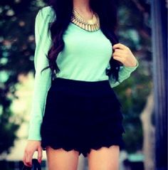 Spring Outfit Mint top.