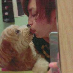 #161013 #岩橋玄樹 #1217 #iwahashigenki  #岩橋 #玄樹 #magic #ルーキー #dog #愛犬 #🐶 #ペッド #シナモン  #kiss #instagood  #instagram  #love  #lovelive  #cool #cute #lol #l4l  #f4f  #好き