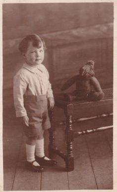 Vintage Photo - Boy with his Teddy Bear.