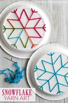 winter kids crafts This paper plate snowflake yarn art is a perfect activity for the winter months and is great for beginning sewing and fine motor skills. Fun winter kids craft, sewing craft for kids, paper plate crafts and winter activity for kids. Winter Activities For Kids, Winter Crafts For Kids, Easy Crafts For Kids, Winter Kids, Winter Christmas, Kids Diy, Time Activities, Yarn Crafts Kids, Children Crafts