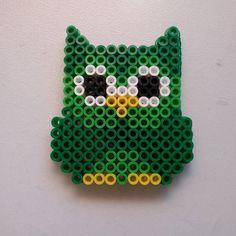 Owl hama beads by lascositasderu
