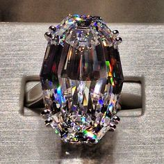 The MagnificentJewels piece of the day: This 36.43 carat flawless oval diamond... | Iconosquare. Look at this cute!