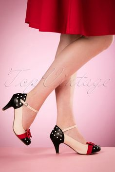 Bettie Page Shoes - Gillian Pumps in nude