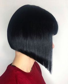 Bobs Pixies Disconnection: Precision Hair Cuts Plus Head Sheets Hair Cutting - All For Bob Hair Trending Graduated Bob Haircuts, Inverted Bob Hairstyles, Medium Bob Hairstyles, Modern Bob Hairstyles, Trending Hairstyles, Bob Haircuts For Women, Lob Haircut, Pixies, Hair Trends