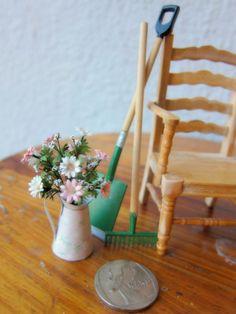 Miniature Doll House - Miniature Gerber with flower pot.