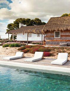 Poolside Beach House in Comporta, Portugal by Gosto design Good Environment, Stunning Summer, Surfer, Beach Shack, California Style, California Fashion, Design Hotel, Beach Fun, Dream Vacations