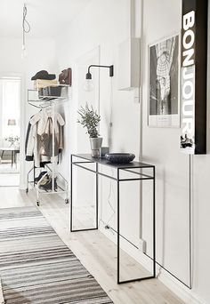 Home tour | A monochrome Swedish apartment