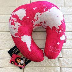 almofada de pescoço personalizada Pillows, Travel, Ladies Accessories, Throw Pillows, Viajes, Destinations, Traveling, Cushions, Trips