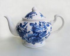 Blue Peony Bouquet Tea Pot