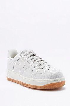 "cool Nike - Flache Sneaker ""Air Force 1"" in Weiß - Damen 38.5"