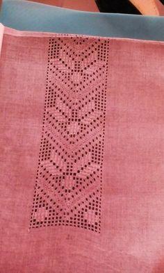 Drawn Thread Embroidery Patterns - Japanese Craft Book - H Folk Embroidery, Hand Embroidery Stitches, Embroidery Needles, Hand Embroidery Designs, Embroidery Patterns, Knitting Patterns, Fillet Crochet, Drawn Thread, Cutwork