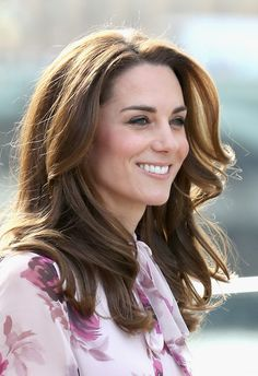 Kate Middleton Long Wavy Cut - Kate Middleton looked like a walking shampoo ad with her perfect waves while celebrating World Mental Health Day.