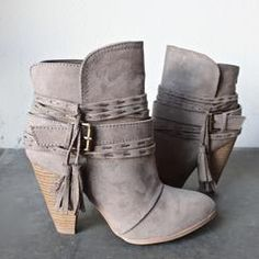Kara tassel heeled bootie - shophearts - 2