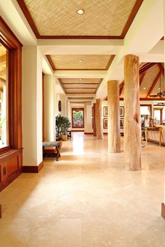 Tropical Living Room High Ceiling Design, Pictures, Remodel, Decor and Ideas Modern Tropical, Tropical Design, Tropical Houses, Tropical Decor, Tropical Heat, Tropical Interior, Bamboo Ceiling, Recessed Ceiling, Accent Ceiling