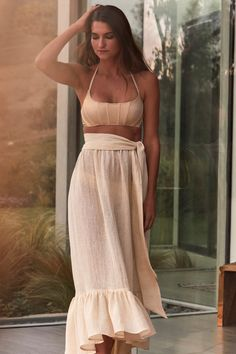Lisa Marie Fernandez Spring 2020 Ready-to-Wear Collection - Vogue Vogue Paris, Lisa Marie Fernandez, Vogue Australia, Fashion Show Collection, Mannequins, High Fashion, Ready To Wear, Spring Summer, Two Piece Skirt Set