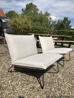 Outdoor Sofa, Outdoor Furniture, Outdoor Decor, Lounge Outfit, Sun Lounger, Home Decor, Couches, Chaise Longue