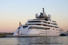 The 5th largest yacht in the world, Topaz - World's Largest Yachts - SuperyachtTimes.com