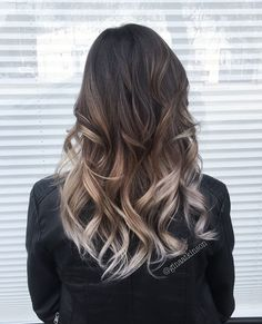 Move Over Rose Gold, Ash Balayage Hair Is Taking Off for 2017