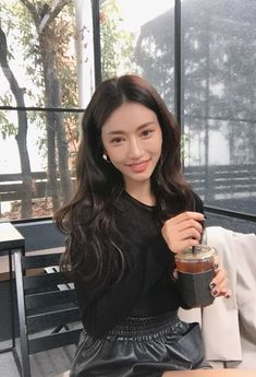 Hookers, strippers, drug dealers, and all sorts of down right dirty t… Fiction Mode Ulzzang, Ulzzang Hair, Korean Ulzzang, Ulzzang Fashion, Korean Fashion, Korean Beauty, Asian Beauty, Korean Girl, Asian Girl