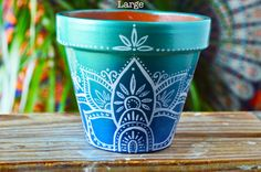 Handpainted Ombre Bohemian Pots Boho by MysticCompanyDecor on Etsy Painted Plant Pots, Painted Flower Pots, Flower Planters, Cactus Flower, Flower Art, Flower Film, Decorated Flower Pots, Lotus Design, Pintura Hippie