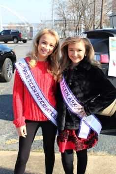Having fun at the Little Rock Christmas parade Little Rock, Pageants, Arkansas, Teen Fashion, Evening Gowns, Interview, Fitness, Christmas, Fun