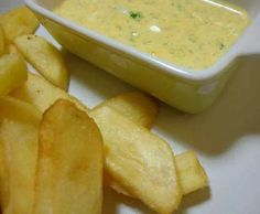 Delicious sauce for chips I Love Food, Good Food, Yummy Food, Veggie Recipes, Cooking Recipes, Healthy Recipes, Salty Foods, Portuguese Recipes, Creative Food