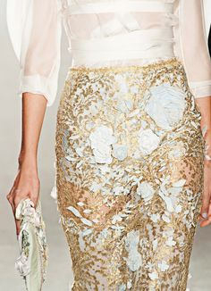 So beautiful Marchesa Spring/Summer 2014 - New York Fashion Week -Runway Style Couture, Couture Fashion, Runway Fashion, High Fashion, Fashion Beauty, Fashion Show, Womens Fashion, Look Formal, Formal Wear