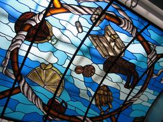 Stained-glass window in the Museum of Bags and Purses in Amsterdam by Isa Ondracek and Atelier Schmit.