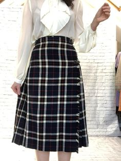 755e2b4f9 Vintage 50s Plaid Pleated Wrap Scottish Kilt Midi Skirt S M Navy Fringe  Buckles Wool