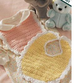 New Free Crochet Patterns - Crochet Bib Pattern Crochet Baby Bibs, Crochet Baby Clothes, Crochet For Kids, Baby Knitting, Free Crochet, Knit Crochet, Crochet Hats, Free Knitting, Easy Crochet