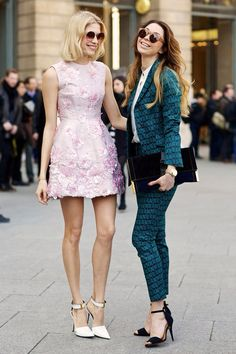 Elena Perminova in Giambattista Valli and her sister in Stella McCartney at Paris Fashion Week street style. Street Style Blog, Street Chic, Giambattista Valli, Colorful Fashion, I Dress, Style Icons, Stella Mccartney, Fashion Dresses, Style Inspiration