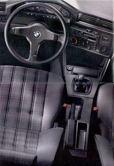E30 BMW 318is interior