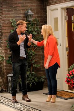 Don't miss an all new episode of Melissa & Joey Wednesday at 8/7c on ABC Family!