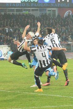 Il bianconero realizza il gol del 2-1 per la Juve, ma parte da posizione irregolare
