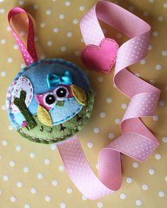 Owl felt hair bow holder made to match Pottery Barn Brooke, hair accessory holder. $22.00, via Etsy.