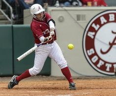 Always reliable in the circle, Jackie Traina powering No. 4 Alabama softball with her bat Alabama Softball, Alabama Athletics, Alabama College, Baseball Records, Softball Photos, Softball Uniforms, Softball Pitching, Flag Football, Golf Player