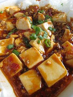 SZECHUAN PORK TOFU....I'm pretty sure this is what Johnny used to make: the only way I will eat tofu.