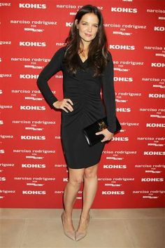 Katie Holmes looks smokin' hot in a black Narciso Rodriguez dress and Loeffler Randall shoes. See more celebs on Wonderwall: http://on-msn.com/SpfyIb